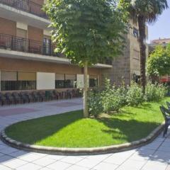 5 otra vista jardin residencia